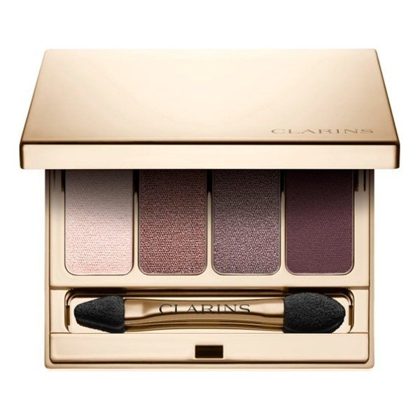CLARINS 4-colour eyeshadow palette - What it is: A quartet of high-voltage eyeshadow colors that...