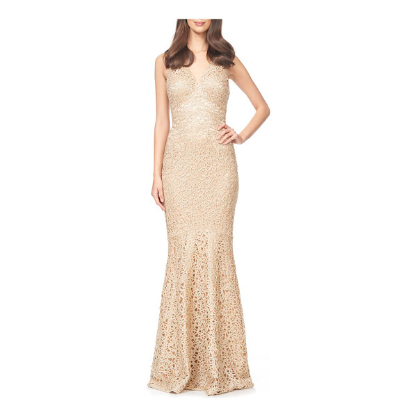 DAVID MEISTER embroidered woven mermaid gown - Floral embroidery over gossamer mesh completes the romantic...