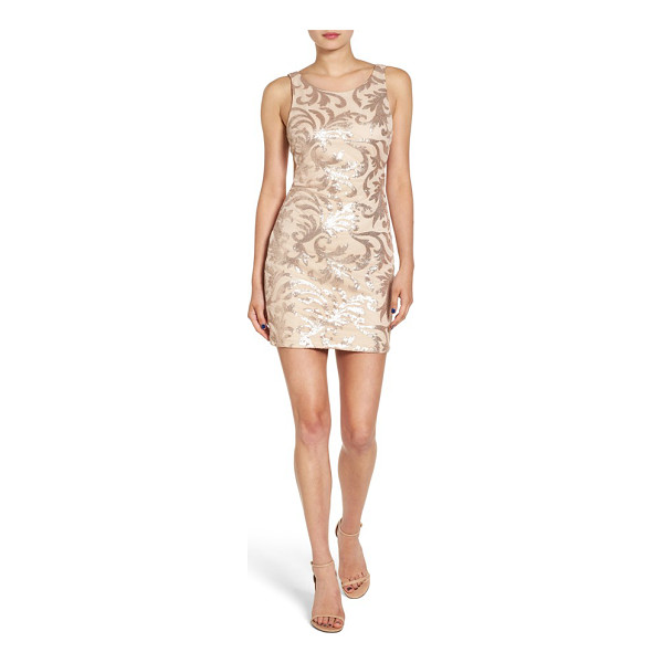 DEAR MOON cutout back sequin body-con dress - A low-cut scooped cutout reveals your back in this...