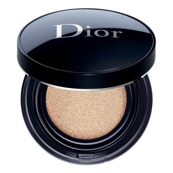 DIOR skin forever perfect cushion foundation broad spectrum spf 35 - What it is: A fresh, skin-perfecting, pore-refining cushion...