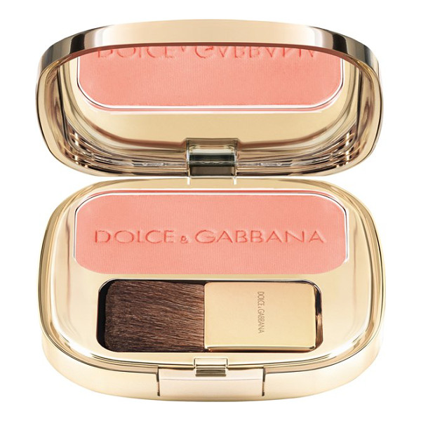 DOLCE & GABBANA luminous cheek color blush - Highlight your cheekbones while adding depth and contour to...