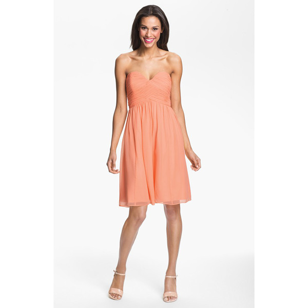 DONNA MORGAN morgan strapless silk chiffon dress - A delicate chiffon dress with a strapless sweetheart bodice...