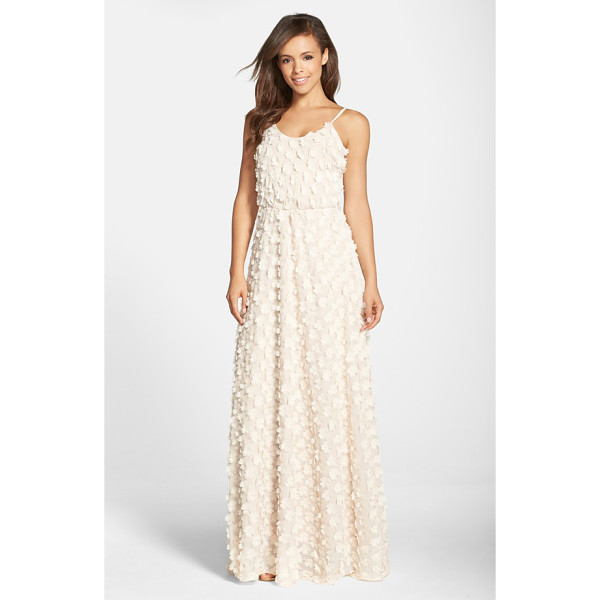 DRESS THE POPULATION athena floral applique gown - Fluttery appliques bloom all over an ethereal chiffon gown...
