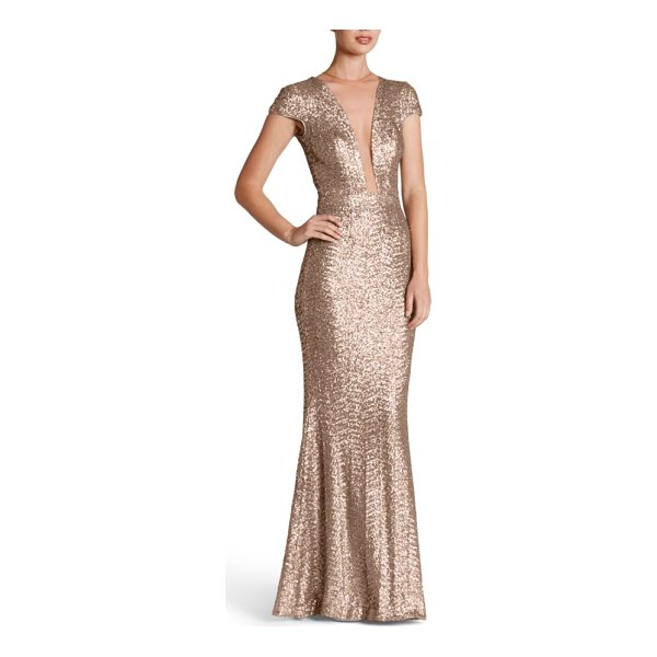 DRESS THE POPULATION michelle sequin gown - Dazzle through the evening in this slinky sequin gown that...