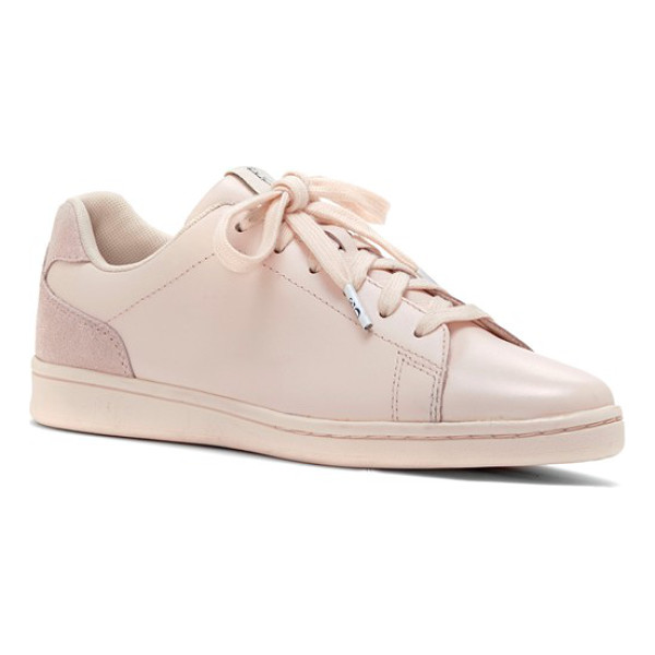 ED ELLEN DEGENERES chapalove sneaker - This versatile, goes-with-everything sneaker sports clean...