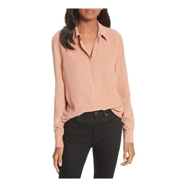 EQUIPMENT essential silk blouse - Cut with a loose, curve-skimming fit, this silk blouse with...