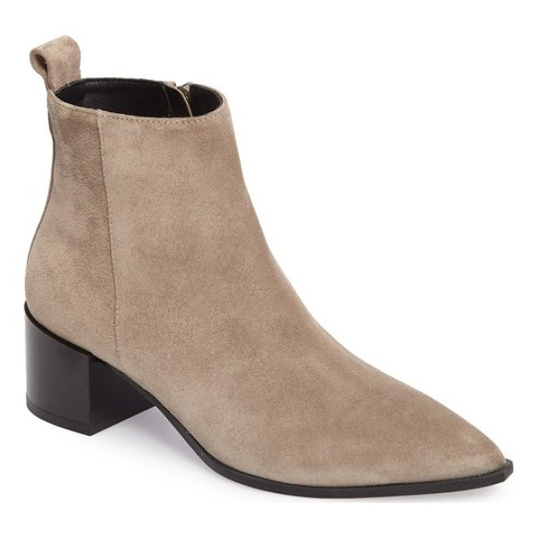 EVERLANE the boss boot - A sharply pointed toe demands attention on a chic ankle...