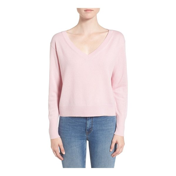 EVERLANE the cashmere crop v-neck sweater - Knit from grade-A Mongolian cashmere, this gorgeously soft...