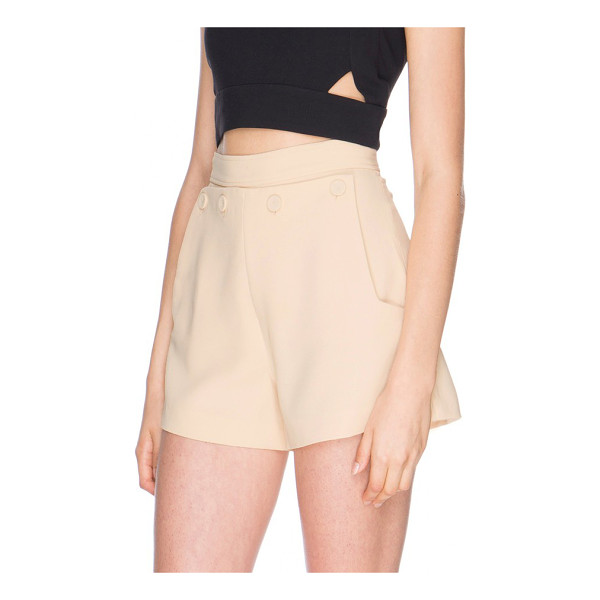 FINDERS KEEPERS triumph shorts - These high-rise shorts have a prim and polished feel that...