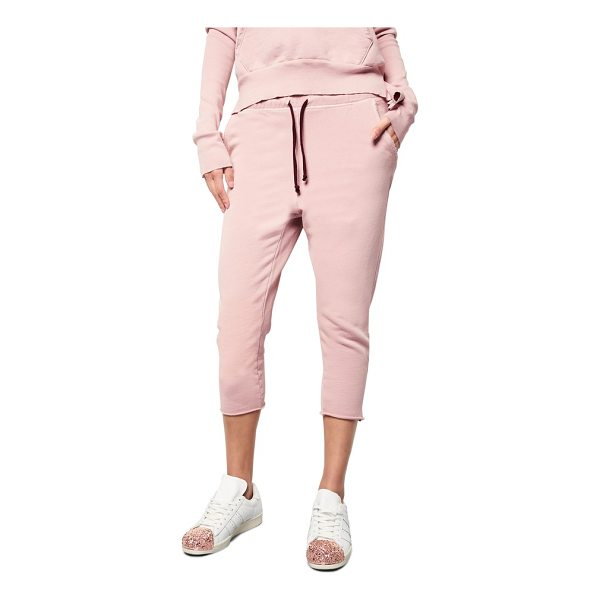 FRANK & EILEEN raw hem crop sweatpants - Sweatpants that aren't just for Saturdays are cut from...
