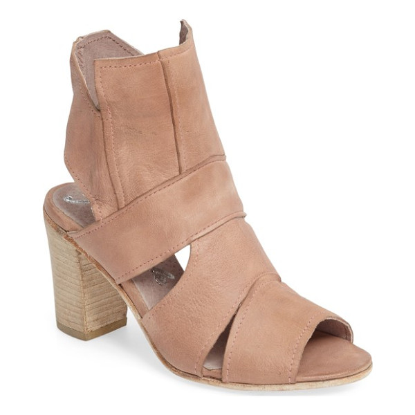 FREE PEOPLE effie block heel sandal - Free People continues to explore the possibilities of...