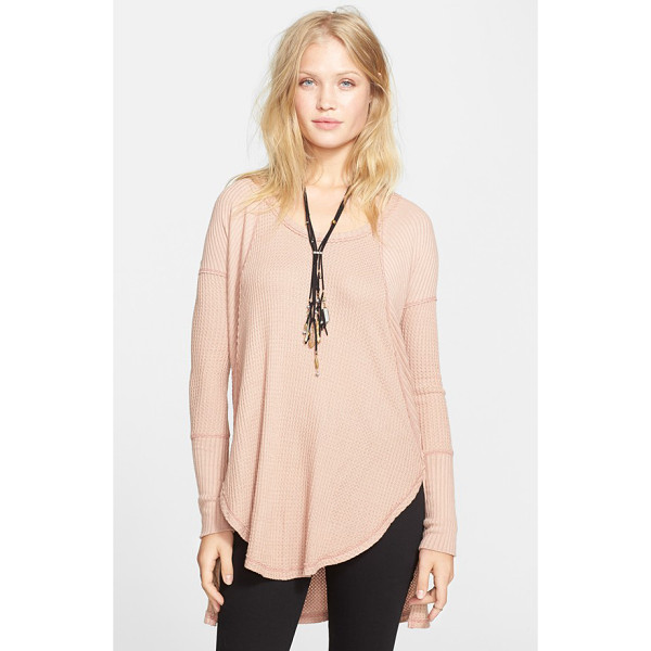 FREE PEOPLE ventura high/low thermal top - Raised seams highlight the mix of ribbed and honeycomb-knit...