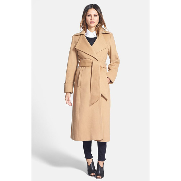 GEORGE SIMONTON 'hollywood' long wrap coat - A wide sash wrapping the waist enhances the timeless...