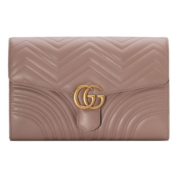 GUCCI gg marmont 2.0 matelasse leather clutch - Shining double-G hardware-inspired by a '70s-era archival...