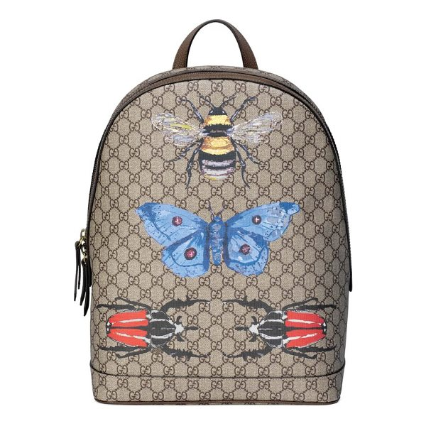 GUCCI insect print gg supreme canvas backpack - A master alchemist, creative director Alessandro Michele...