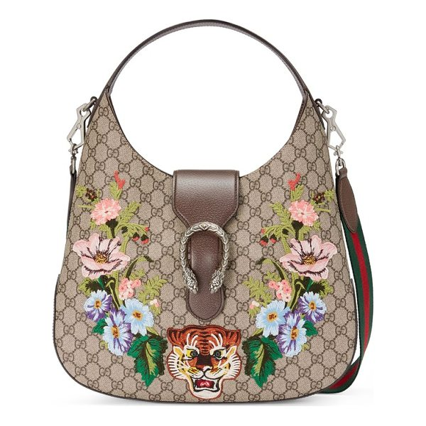 GUCCI medium dionysus tiger gg supreme canvas hobo - Embroidered flowers frame two of Gucci's signature tiger...