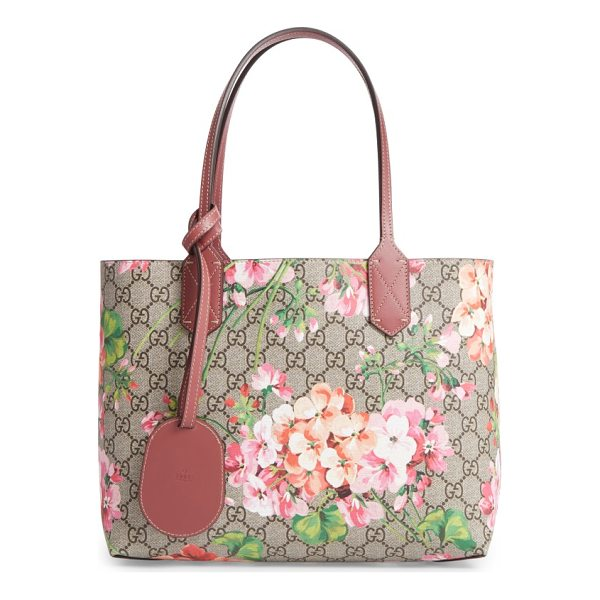 GUCCI small gg blooms reversible canvas & leather tote - Gucci's signature Blooms print and double-G Supreme canvas...