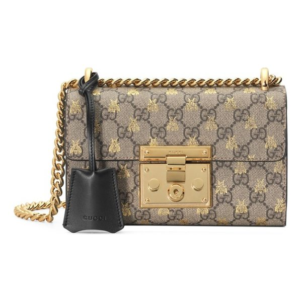 GUCCI small padlock gg supreme bee shoulder bag - Foiled bumblebees fly over the double-G logos of a canvas...