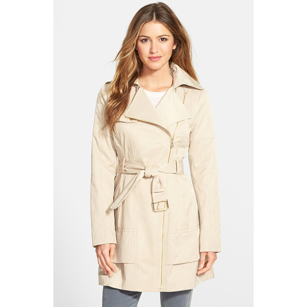 GUESS asymmetrical zip trench coat - An asymmetrical zip closure and channel quilting at the...