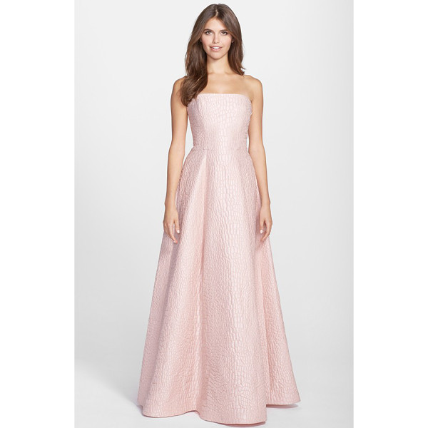 HALSTON jacquard strapless gown - Exquisitely textured jacquard gives a rich, luxe weight to...