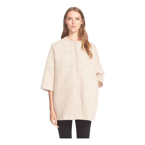 HELENE BERMAN textured kimono coat - A collarless, three-quarter-sleeve design accentuates the...