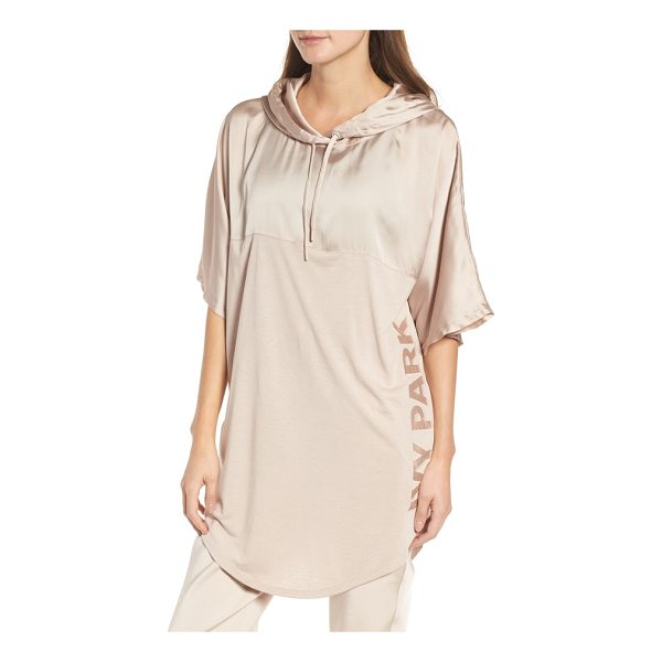 IVY PARK satin hooded tee - Taking a hooded tee to a whole new level, IVY PARK cuts...