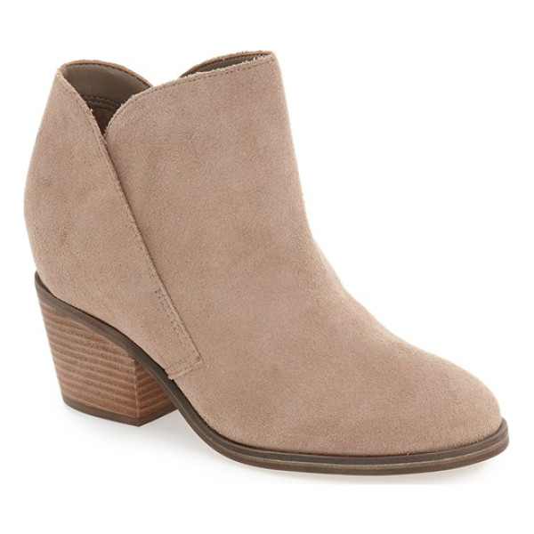 JESSICA SIMPSON tandra bootie - A curvy notched topline furthers the Western-chic vibe of a...