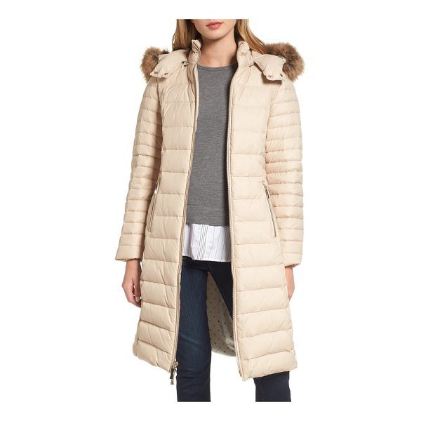 KATE SPADE NEW YORK down puffer coat with faux fur trim - A soft ruff of faux fur trims the hood of a cozy down...