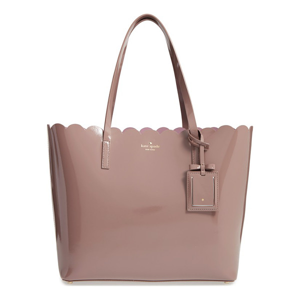 KATE SPADE NEW YORK Lily avenue patent - A scalloped topline and glossy patent leather intensify the...