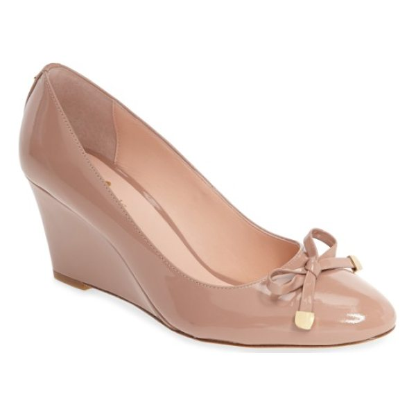 KATE SPADE NEW YORK wrenn bow wedge - Liquid-shine patent leather clads a gorgeously contoured...