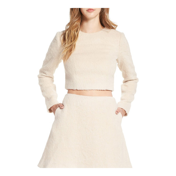 KEEPSAKE searchlight long sleeve crop top - Long sleeves and a cozy, woolly texture transition this...