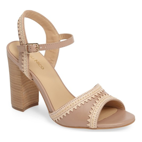 KLUB NICO talici sandal - Lasered scallop contrast trim adds to the breezy boho vibe...