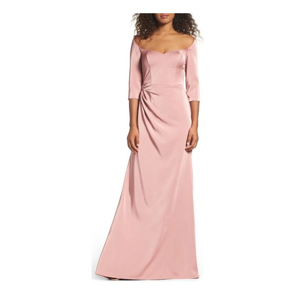 LA FEMME sweetheart satin gown - A stunning sweetheart neckline graces the shoulders and...