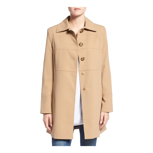 LARRY LEVINE club collar walker coat - A broad club collar makes an elegant start atop a versatile...