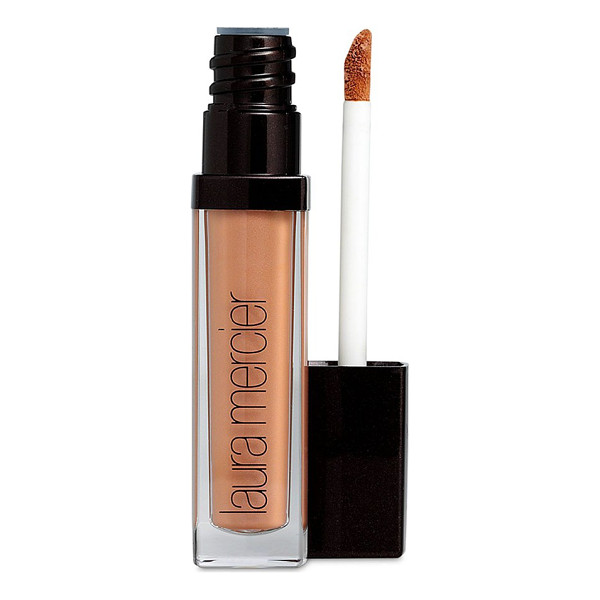 LAURA MERCIER eye basics - What it is: This perfecting eyelid primer creates the ideal...