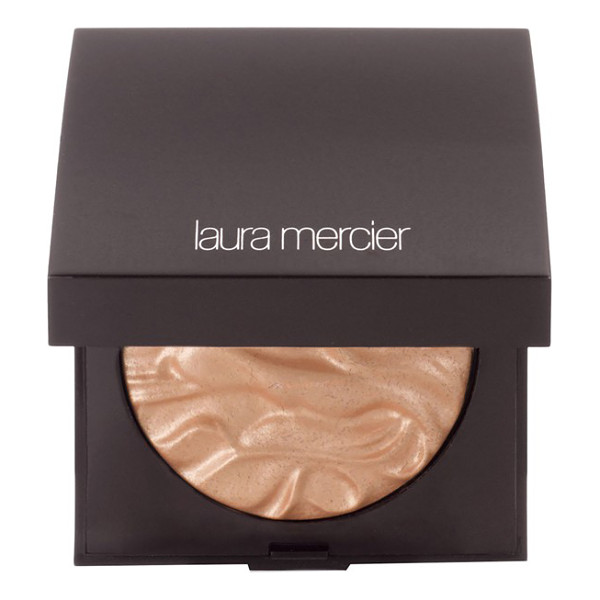 LAURA MERCIER Face illuminator - Highlight your cheeks, eyes and decolletage and give your...