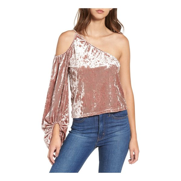 LEITH one-shoulder velour top - Plenty of drama is packed into the single blouson sleeve of...