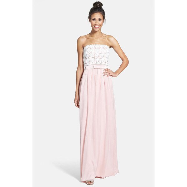 LELA ROSE lace & crinkled chiffon gown - A daisy-lace, strapless bodice meets a softly pleated,...