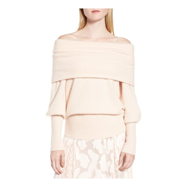LEWIT convertible neck cashmere sweater - Modern romance meets decadent softness with a cashmere...