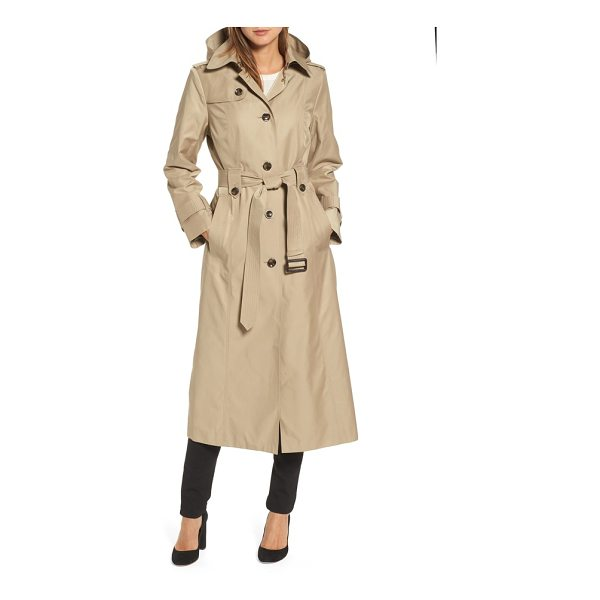 LONDON FOG long trench coat - A classic raincoat, complete with belted cuffs and waist,...