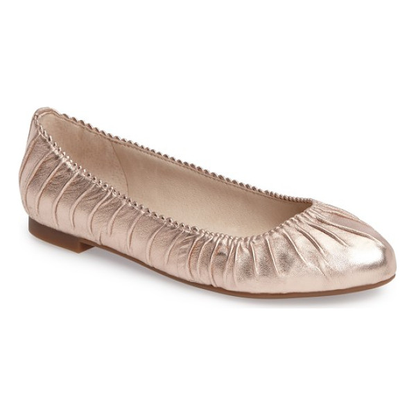 LOUISE ET CIE ashlin ballet flat - Update your shoe collection with this almond-toe leather...