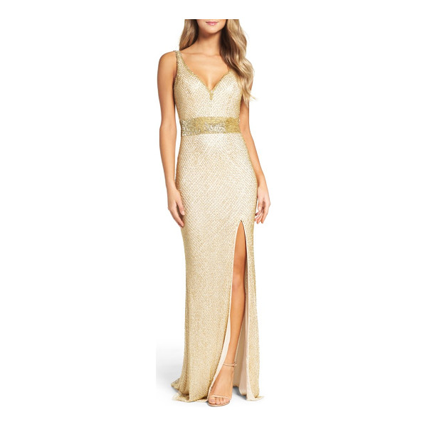 MAC DUGGAL beaded mesh gown - Beaded latticework gleams all around this sultry-fit gown...