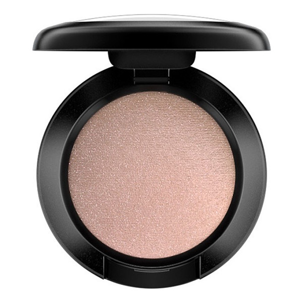 MAC eyeshadow - What it is: A highly pigmented powder formula that applies