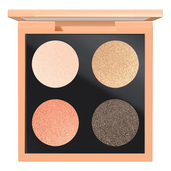 MAC Eyeshadow palette - Let your eyes escape reality with this palette of four...