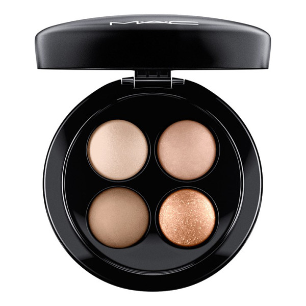 MAC Mineralize eyeshadow quad - MAC Mineralize Eyeshadow Quad features four coordinated...
