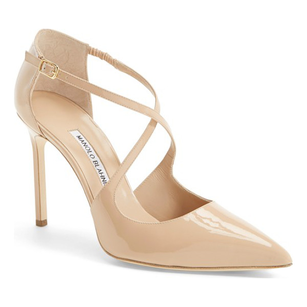 MANOLO BLAHNIK umice pointy toe pump - In wear-with-anything neutral hues, this curvy pointy-toe...