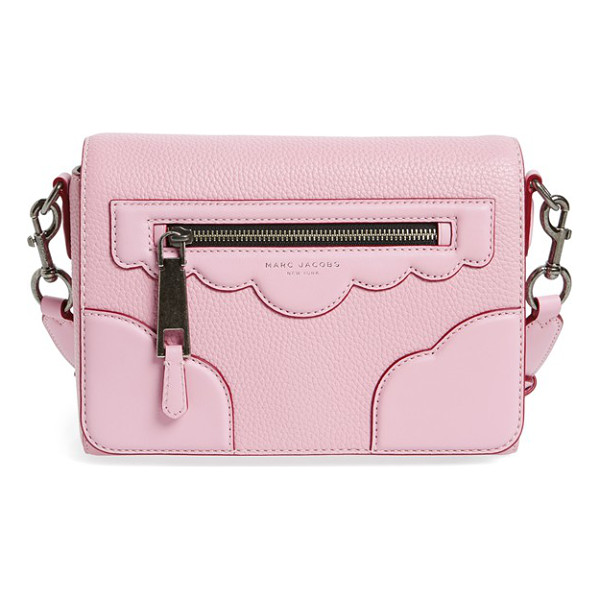 MARC JACOBS scallop detail leather crossbody bag - Scalloped detailing at the flap looks both retro and...