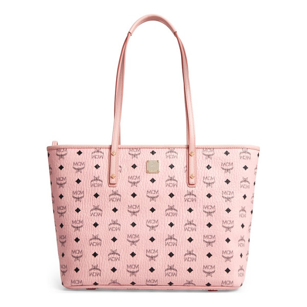 MCM medium anya tote - A stylish solution on days when you have a lot to handle: a