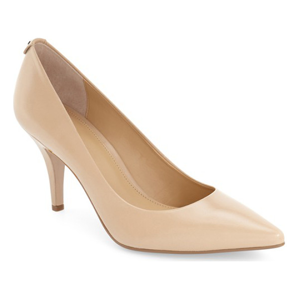 MICHAEL MICHAEL KORS flex pump - Timeless styling mixed with the enhanced comfort of a...