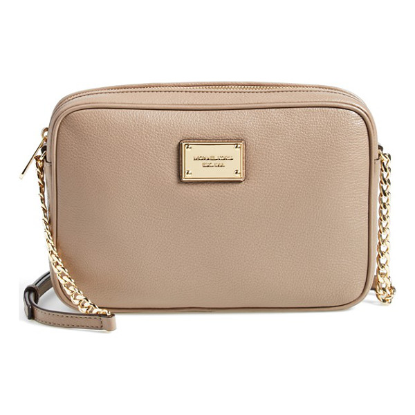 MICHAEL MICHAEL KORS Large jet set east/west crossbody bag - A supple, pebbled leather crossbody bag is fronted with a...